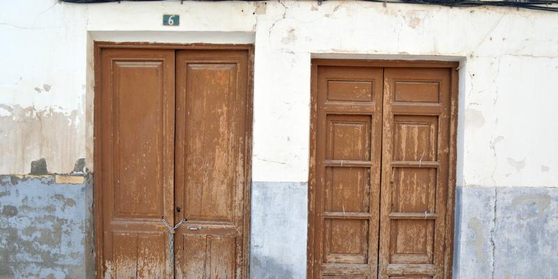 Shhh … It's a Secret (Door, Room, Staircase)